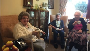Care home Residents Reminisce
