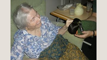 Peacehaven care home welcomes Pet Pals