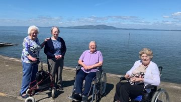 Penrith care home Residents enjoy sun and sea at Silloth
