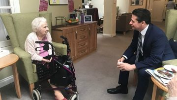 Broadway care home welcomes visit from Nigel Huddleston MP