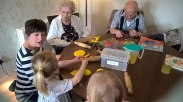 White Rose residents join forces with tots for Easter egg hunt