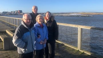 Foxton Court Residents enjoy winter seaside visit