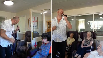 New entertainer wows Residents at Stoneleigh