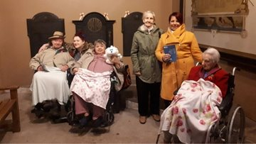 Sheffield care home Residents take a journey back in time to Kelham Island Museum