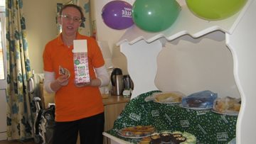 Hinckley care home hosts coffee morning for Macmillan