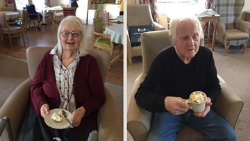 Manchester care home Residents enjoy Christmas treats and movie afternoon
