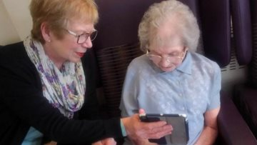 Technology helps Resident keep in touch with overseas daughter