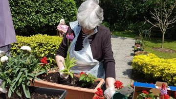 Sutherland Court care home in HC-One gardening competition win