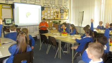 Grampian Court carry out Dementia Friends sessions at local school