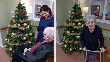 Bonnyrigg care home fills with Christmas cheer