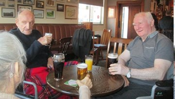 Aberford Hall Residents take Trip to Local Pub