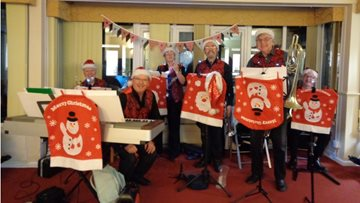 Christmas celebrations at Sevenoaks care home