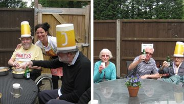 Hinckley care home Residents enjoy summer sun in the garden