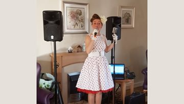 Musical afternoon at Capel Hendre care home