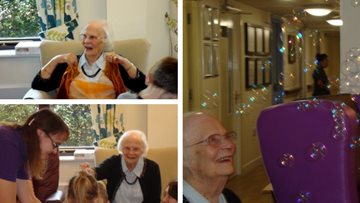 Spanish lessons for old and young at Eastleigh care home