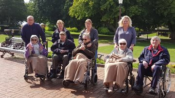 Seaside trip for Beauvale Care Home