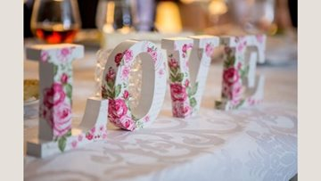 Wedding anniversary celebrations for Dartford care home Resident
