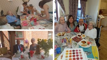 Art Extravaganza at Hounslow Care Home