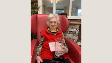 Crewe care home delights at winning award at local gardening competition