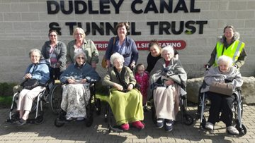 Residents visit Dudley Canal Trust