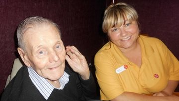 Pub lunch hits the spot for Eccles care home Residents