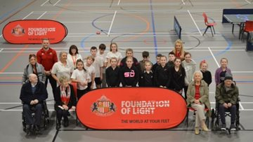 Ashton Grange Residents have a ball as they meet Sunderland footballers