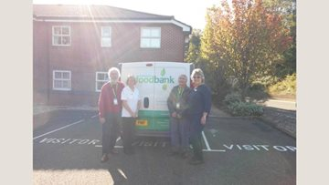 Eastbourne care home gives to local food bank