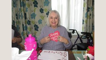 Crafty afternoon at Romford care home