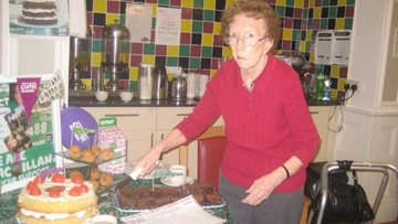Bankwood host Macmillan Coffee Morning